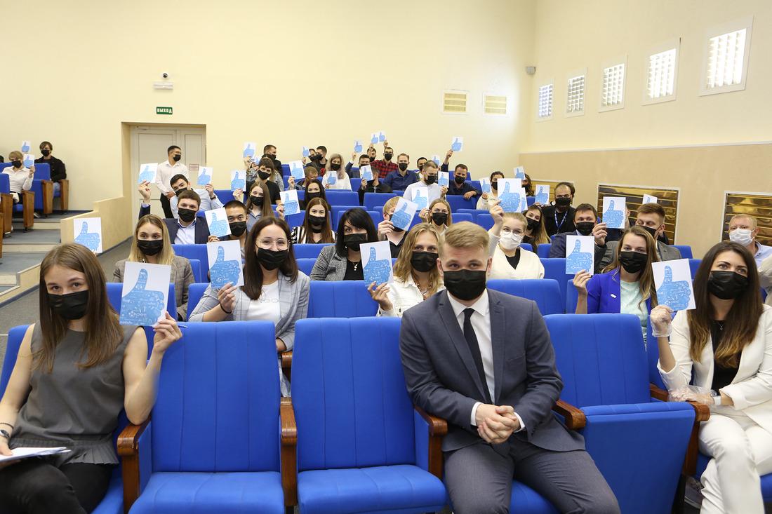 Участники конференции единогласно поддержали кандидатуру нового лидера